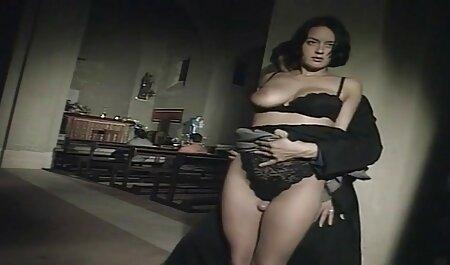 काउंटर सेक्सी फिल्म फुल वीडियो पर छात्रा वेट्रेस
