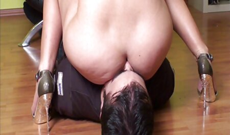 स्लिम एशियाई फुल सेक्सी फिल्म का वीडियो पड़ोसी लड़की