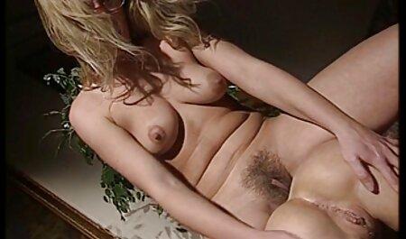 एक प्रेमिका के फुल एचडी फिल्म सेक्सी साथ दो गर्म कमबख्त