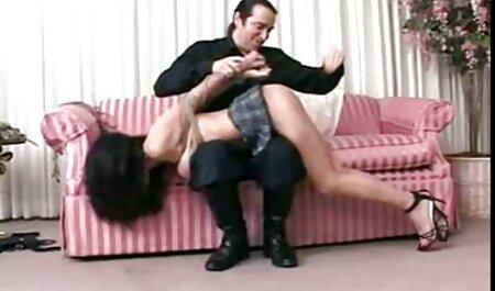अपने पैरों को बीएफ सेक्सी पिक्चर फुल मूवी लात और गर्म लंड पर कूद