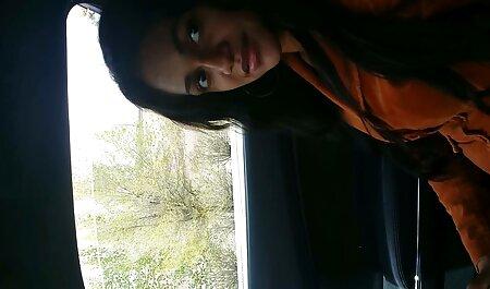 सामने एक दोस्त हिंदी सेक्सी पिक्चर फुल मूवी वीडियो के सामने कार में गोरा आदमी