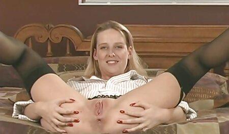 एक आदमी उसके पैर चूसने सेक्सी फिल्म फुल एचडी में सेक्सी फिल्म के साथ एक युवा प्रमुख