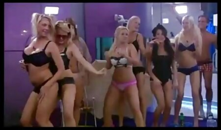 से तन कुतिया और फुल सेक्सी एचडी वीडियो फिल्म मुँह में कूद