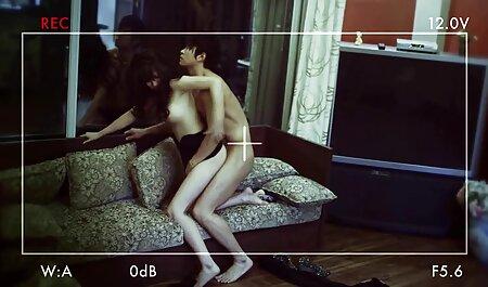 एक स्वस्थ व्यक्ति कैरोल में एक घड़ी के साथ लड़कियों चिपके हुए सेक्सी वीडियो फुल मूवी एचडी हिंदी