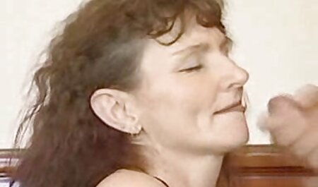 छात्रों को फुल मूवी वीडियो सेक्सी शिक्षकों के प्रशिक्षण पर काम करना है,