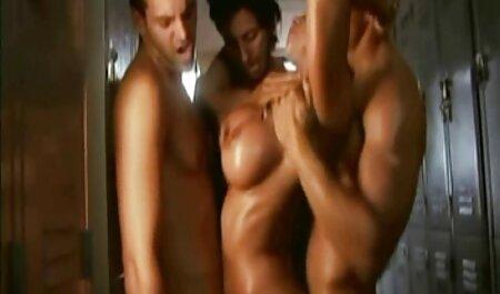 एक उंगली के साथ लेस लेस्बियन देखें फुल सेक्स हिंदी मूवी